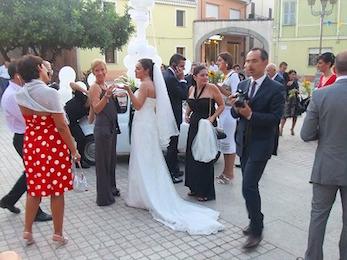 イタリア流の招待客の服装について