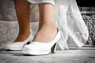 花嫁衣装の古い伝統を伝える